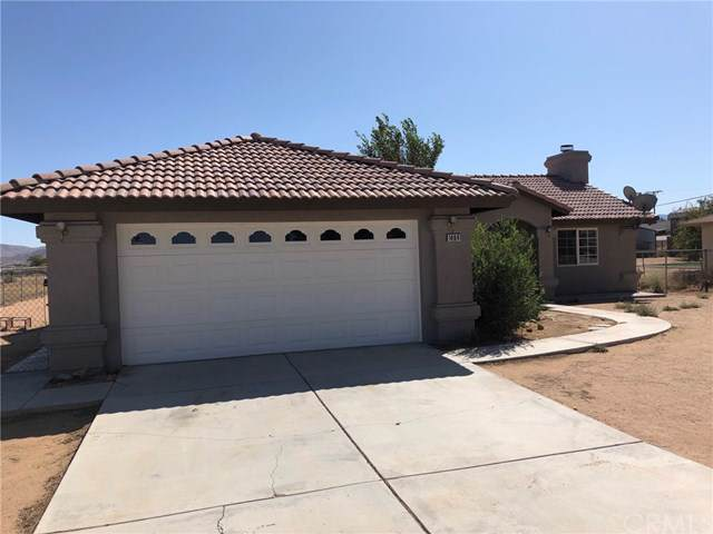 14941 Temecula Road, Apple Valley, CA 92307 (#301652115) :: Cay, Carly & Patrick | Keller Williams