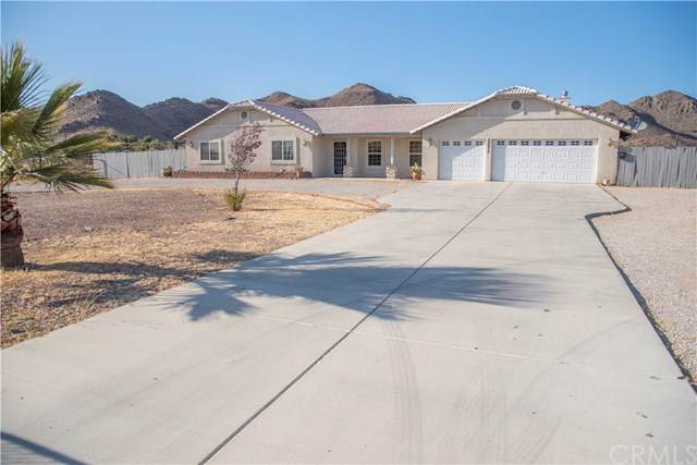 20038 Symeron Road, Apple Valley, CA 92307 (#301652234) :: Cay, Carly & Patrick | Keller Williams