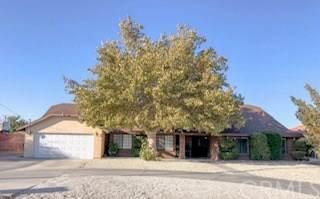 18708 Danbury Avenue, Hesperia, CA 92345 (#301652674) :: COMPASS
