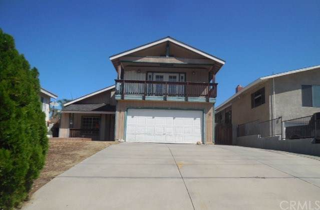1305 W Sumner Avenue, Lake Elsinore, CA 92530 (#301653082) :: Cay, Carly & Patrick | Keller Williams