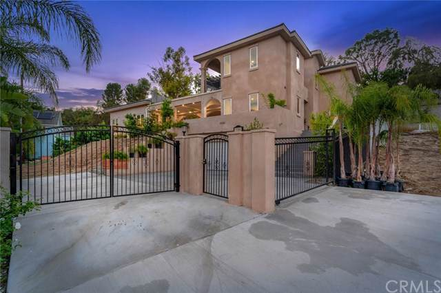 19362 Fisher Lane, North Tustin, CA 92705 (#301653326) :: The Yarbrough Group