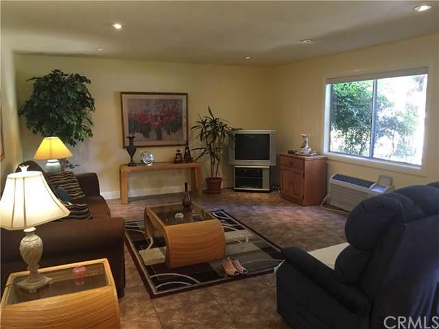 2402 Via Mariposa 1G, Laguna Woods, CA 92637 (#301653991) :: Ascent Real Estate, Inc.
