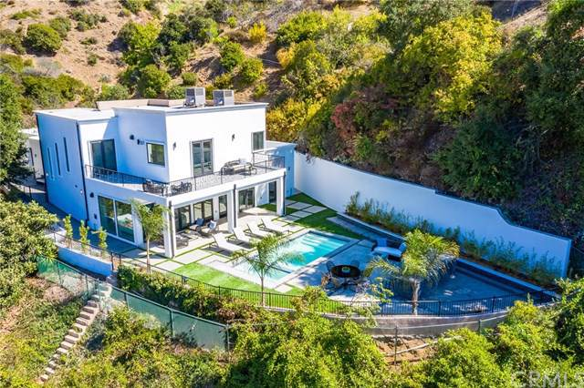 9484 Gloaming Drive, Beverly Hills, CA 90210 (#301655293) :: Whissel Realty