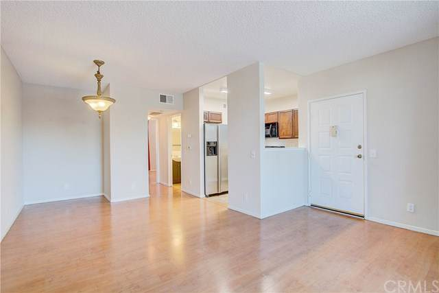11150 Glenoaks Boulevard - Photo 1