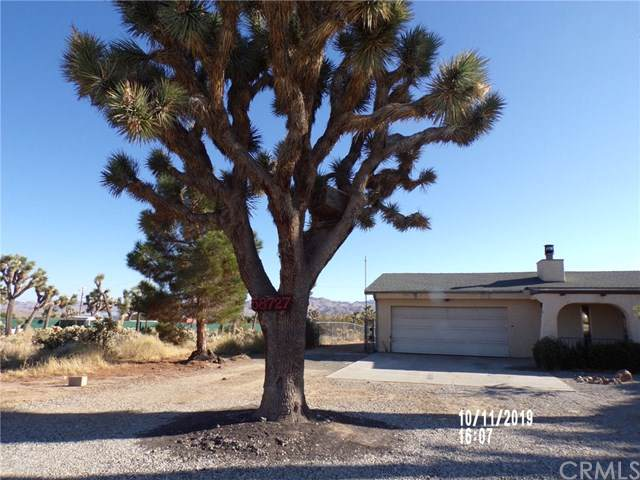 58727 Sunflower Drive, Yucca Valley, CA 92284 (#301656857) :: Keller Williams - Triolo Realty Group
