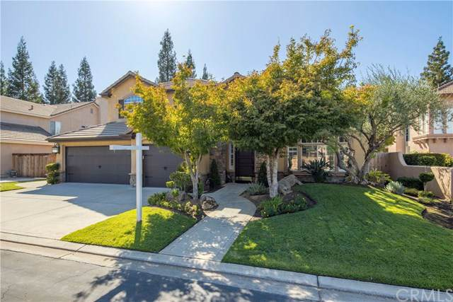 10309 N Pierpont Circle, Fresno, CA 93730 (#301660221) :: Whissel Realty