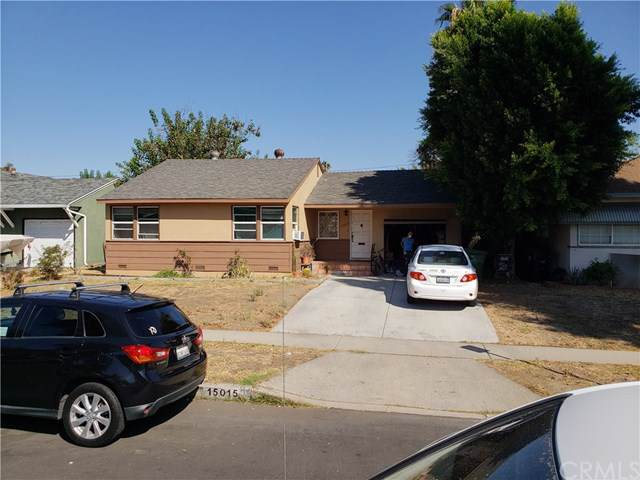 15015 Marlin Place, Van Nuys, CA 91405 (#301664335) :: Compass