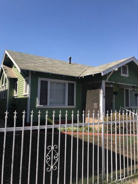 1759 Cerritos Avenue, Long Beach, CA 90813 (#301665448) :: Whissel Realty