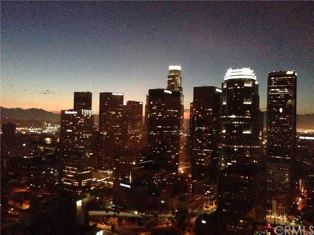 1100 Wilshire Boulevard #3406, Los Angeles, CA 90017 (#301667846) :: Whissel Realty