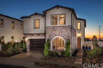 2060 Aliso Canyon Dr, Lake Forest, CA 92610 (#301690186) :: Whissel Realty