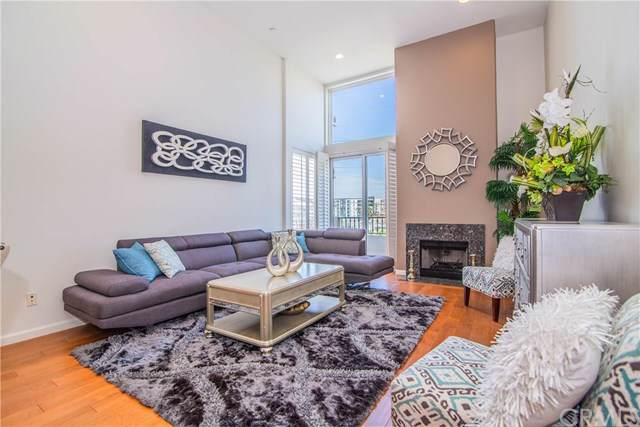 1049 S Hobart Boulevard #401, Los Angeles, CA 90006 (#301692123) :: Whissel Realty