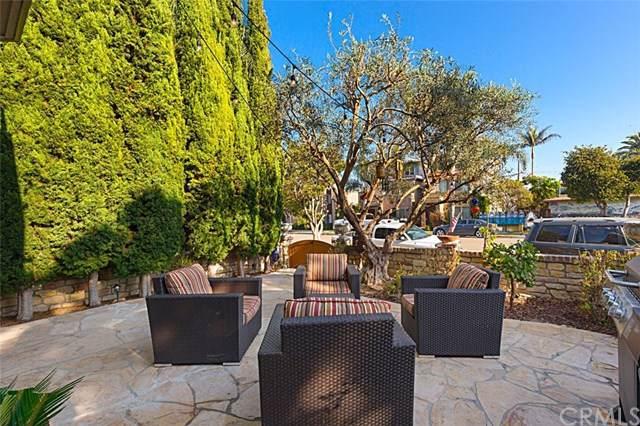 403 15th Street, Huntington Beach, CA 92648 (#301739592) :: Whissel Realty