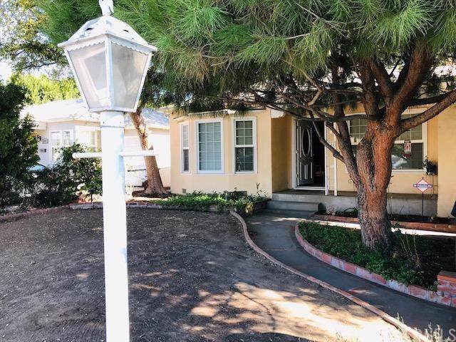 6344 Camellia Avenue, North Hollywood, CA 91606 (#301745285) :: Whissel Realty