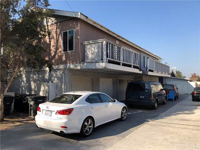 1307 W Palmyra Avenue, Orange, CA 92868 (#301749679) :: Whissel Realty