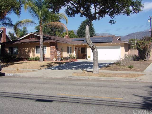 457 W 13th Street, Upland, CA 91786 (#301826330) :: Whissel Realty