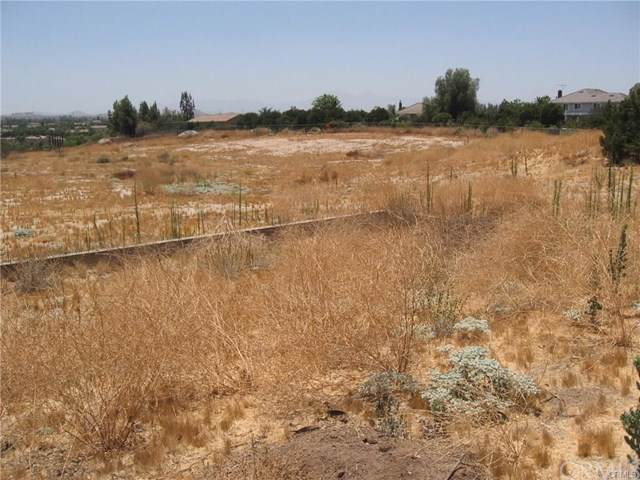 18805 Moss, Riverside, CA 92508 (#301877323) :: Whissel Realty