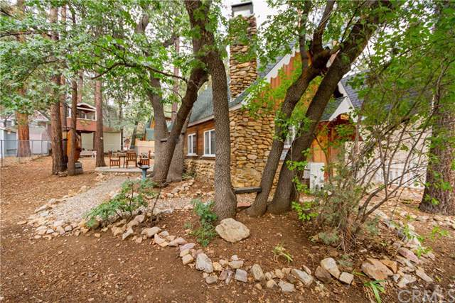 632 Spruce Lane, Sugar Loaf, CA 92386 (#301878522) :: COMPASS