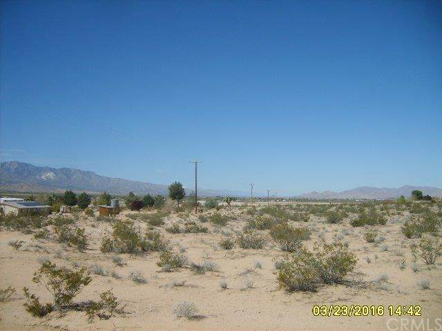0 Sage, Lucerne Valley, CA 92356 (#301879010) :: Whissel Realty