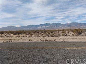 35151 Rabbit Springs, Lucerne Valley, CA 92356 (#301879178) :: Whissel Realty
