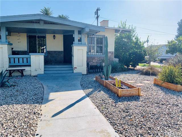 1158 W 68th Street, Los Angeles, CA 90044 (#301880875) :: Whissel Realty