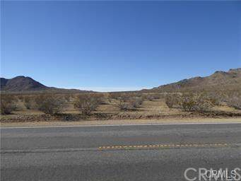 0 Close To Falchion, Apple Valley, CA 92307 (#301883129) :: Whissel Realty