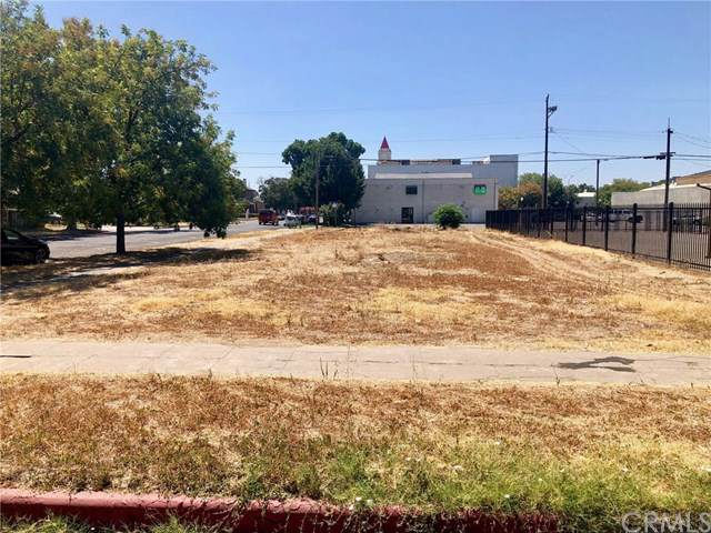 1835 Martin Luther King Jr, Merced, CA 95340 (#301884447) :: Whissel Realty