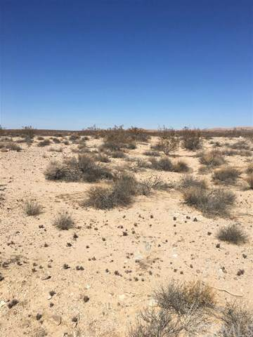 0 Vacant Land, California City, CA 93505 (#301884667) :: Whissel Realty
