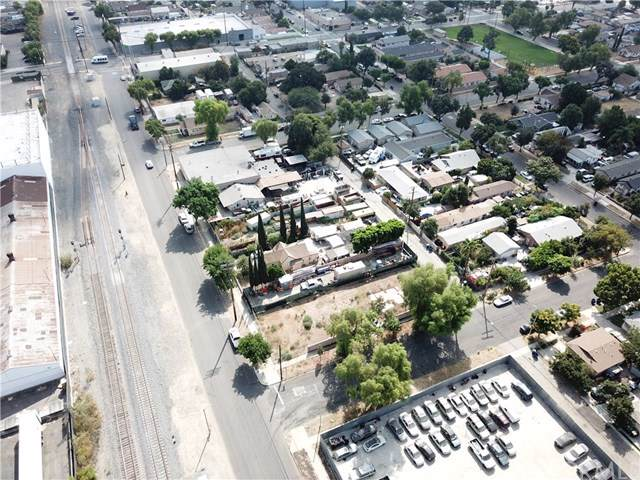 306 E State, Ontario, CA 91761 (#301885632) :: Whissel Realty