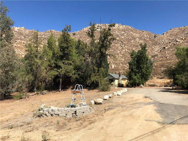 11280 Hillmer, Moreno Valley, CA 92557 (#301887544) :: Whissel Realty