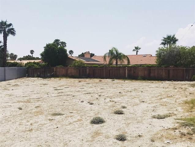 2871 E. Via Escuela, Palm Springs, CA 92262 (#301887595) :: Whissel Realty