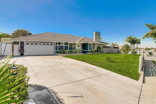 512 Newhall Drive, Corona, CA 92879 (#301939060) :: Whissel Realty