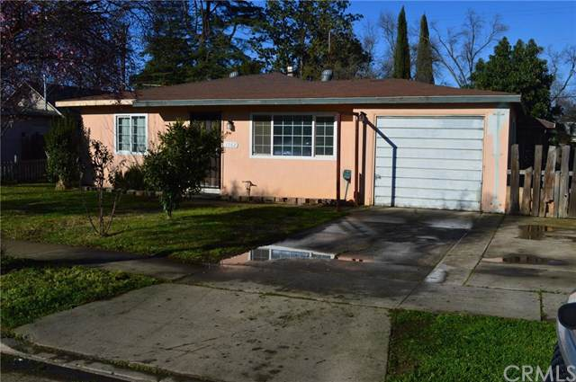 1263 W Santa Fe Avenue, Merced, CA 95340 (#301965752) :: Whissel Realty