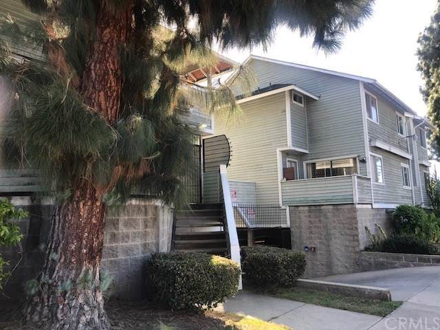 1543 French Street #16, Santa Ana, CA 92701 (#302032743) :: Whissel Realty