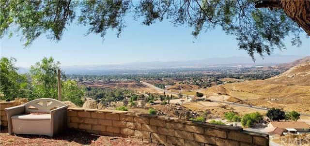9350 Scenic Lane, Moreno Valley, CA 92557 (#302037591) :: Whissel Realty