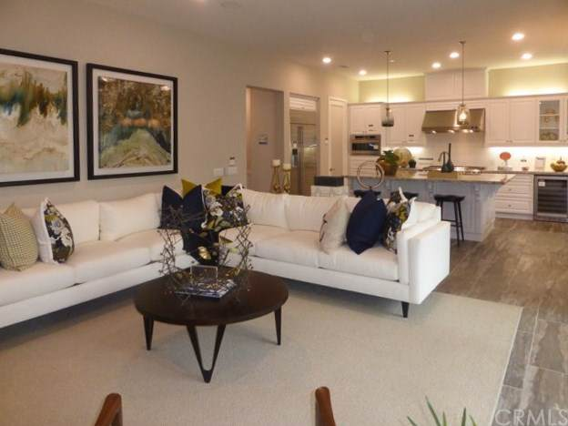 137 Smallwheel, Irvine, CA 92618 (#302039971) :: Pugh | Tomasi & Associates