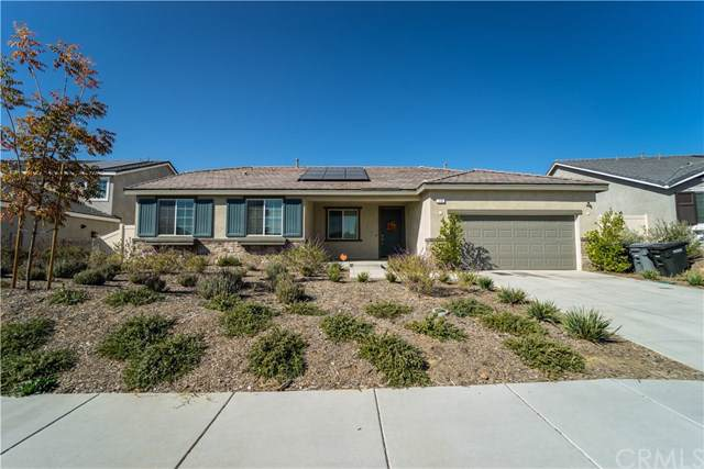 119 Knoll Crest Drive, Calimesa, CA 92320 (#302056648) :: Whissel Realty