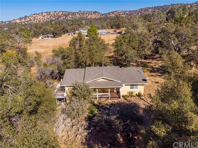 42903 Revis Way, Coarsegold, CA 93614 (#302065865) :: Whissel Realty
