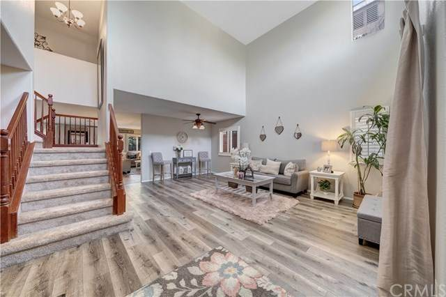 33547 Abbey Road, Temecula, CA 92592 (#302072436) :: Whissel Realty