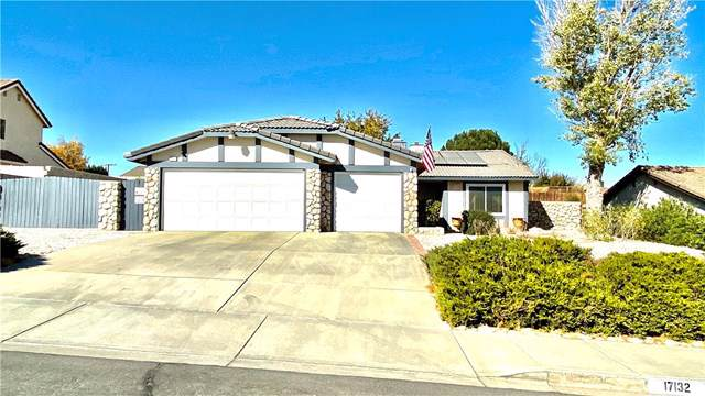 17132 Forest Hills Drive, Victorville, CA 92395 (#302072524) :: Whissel Realty