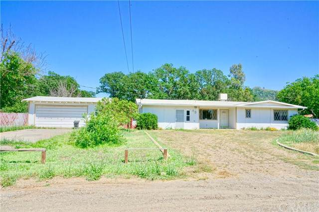 2898 Robin Lane, Clearlake, CA 95422 (#302072556) :: Whissel Realty