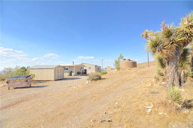 20772 Riverview Road, Apple Valley, CA 92308 (#302073774) :: Whissel Realty