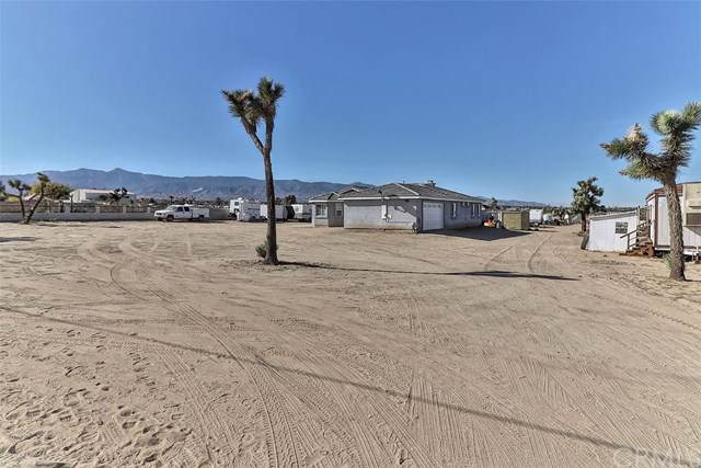 12072 Pacific Road, Phelan, CA 92371 (#302079816) :: Whissel Realty