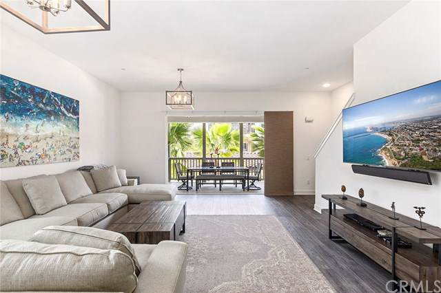 218 Doheny, Dana Point, CA 92629 (#302097410) :: Whissel Realty