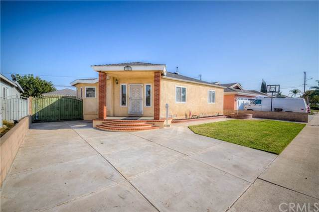 2322 Roswell Avenue, Long Beach, CA 90815 (#302104381) :: Whissel Realty