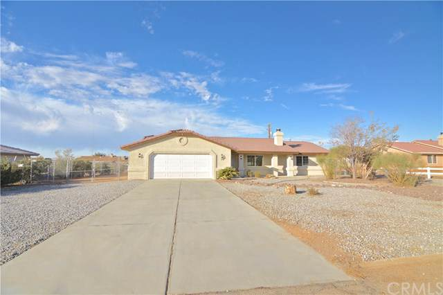 22028 Tussing Ranch Road, Apple Valley, CA 92308 (#302136122) :: Whissel Realty