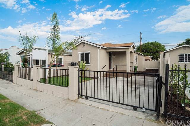 1035 W 66th Street, Los Angeles, CA 90044 (#302145099) :: Whissel Realty