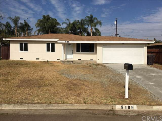 9189 Penny Drive, Riverside, CA 92503 (#302151419) :: Whissel Realty
