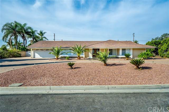 11550 Countryside Drive, Fontana, CA 92337 (#302161053) :: Whissel Realty