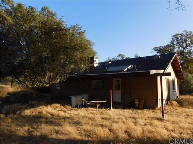 33220 River Knolls Road, Coarsegold, CA 93614 (#302197296) :: Whissel Realty