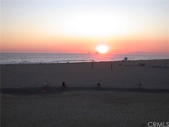 711 Pacific Coast Highway - Photo 1